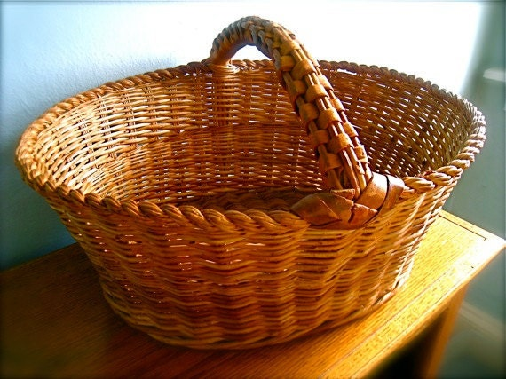 Vintage wicker easter basket antique wicker baskets reed for Wicker reed