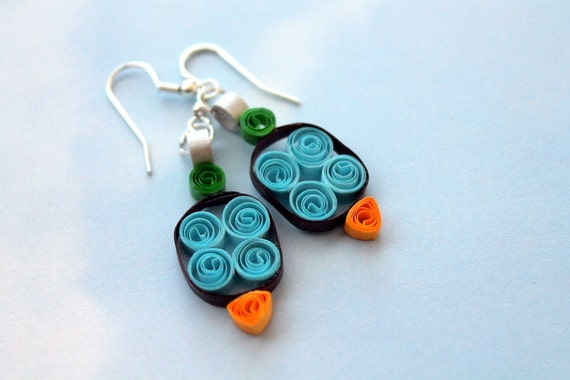 Paper quilled rounded rectangle earrings