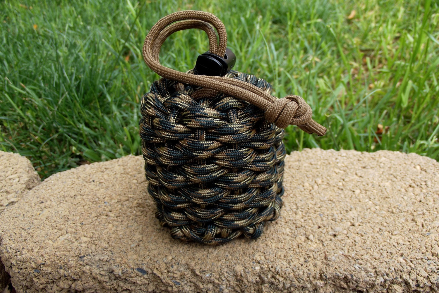 Paracord survival pouch in woodland camo w drawstring closure for Paracord drawstring bag