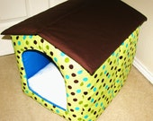 Portable foldable collapsible indoor fabric cat / dog / puppy house