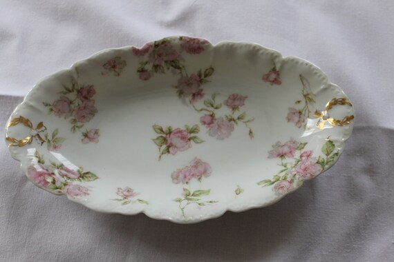 Haviland Limoges Oval Dish Schleiger 39C Pretty Pink Roses