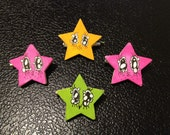 Small hand painted broaches
