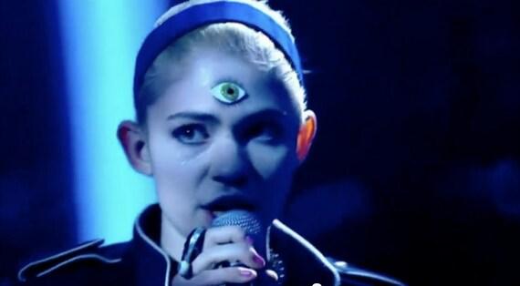Green Third Eye bindi - As seen on Grimes