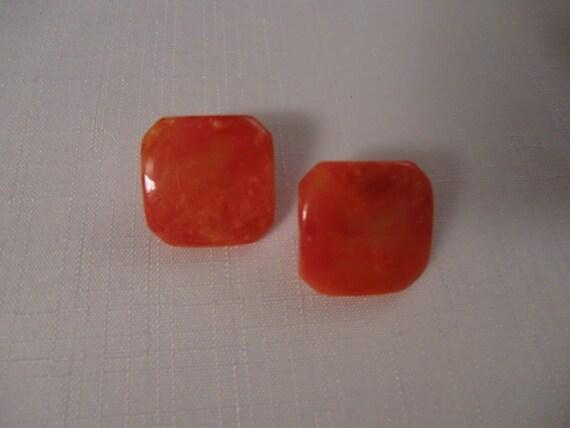 BAKELITE Vintage Orange Creamsicle Clip Earrings