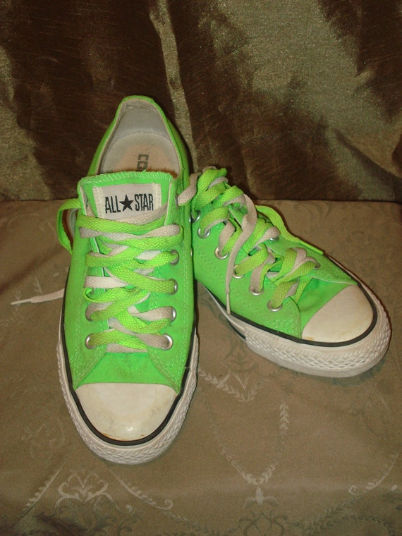 ReDuced Sale /// Converse ALL STAR late 80's neon lime great vintage condition.men 6 women 8 ,Euro 38-39