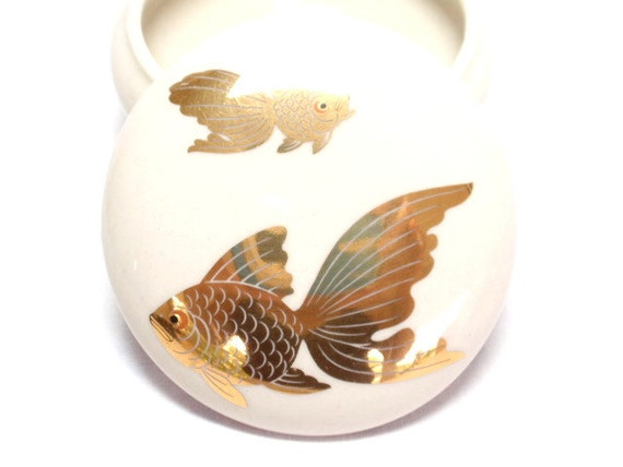 RESERVED for VANES25 Oriental Trinket Dish wLid TAKAHASHI Japan Gold Goldfish