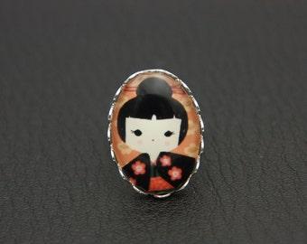 RING Japanese girl kokeshi (1825)
