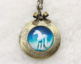 Necklace locket unicorn