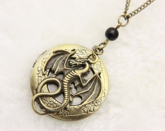 Medallion Necklace dragon