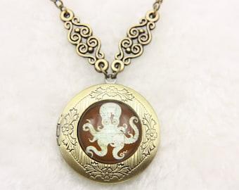 Necklace locket Octopus