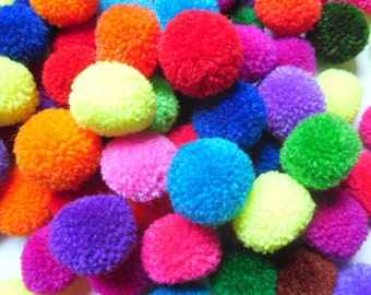 50 Yarn Pom Poms Mixed colors,bright,decorate,handmade supplies,Pompoms,Baby Pom,Garland,Party