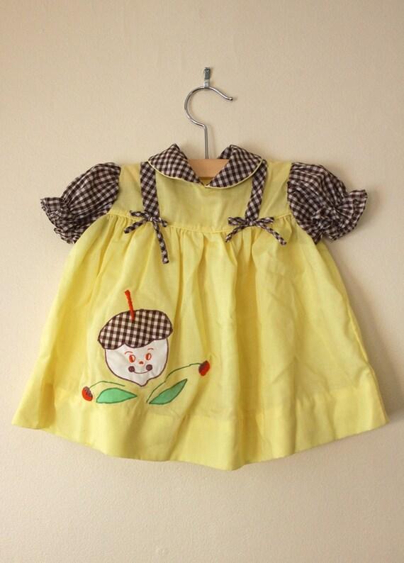 Vintage Buttercream Yellow Acorn Picnic Dress