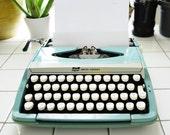 Vintage Typewriter Corsair Deluxe SmithCorona