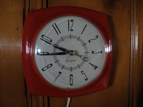 Vintage Kitchen Red Electric Wall Clock