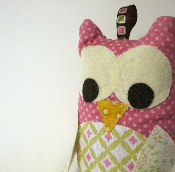 Owl Rattle - Stuffed Toy Plushie - Baby Rattle
