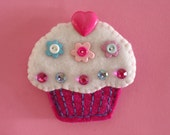 Colorful Felt Cupcake Magnet