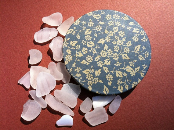FS in the US White Sea Tumbled Dime Sized Beach Glass (lot 207)