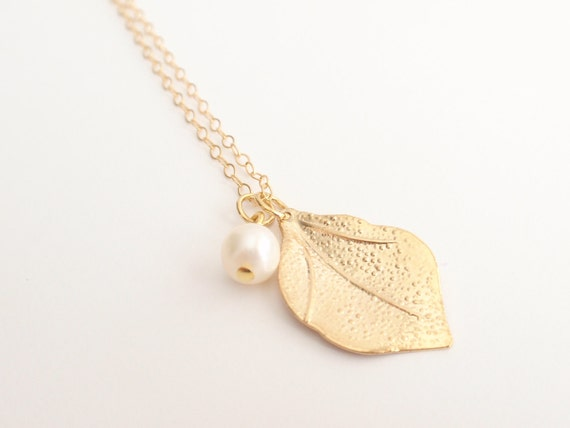 Pearl & Leaf 14K gold filled necklace-simple everyday jewelry