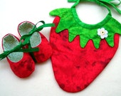 BABY GIFT SET: Strawberry Bib and Matching Baby Shoes. Red and Green. Cotton. Very Sweet.
