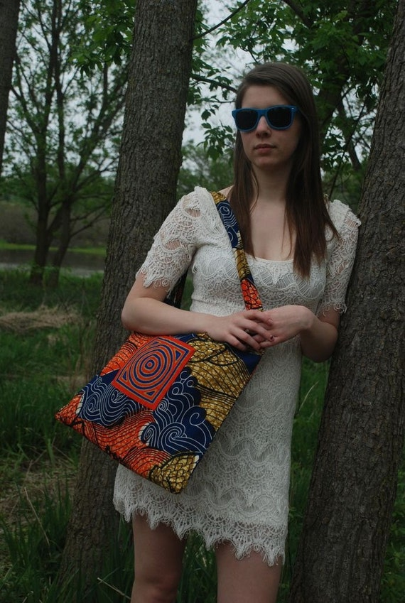 Mundo Tote, teacher, student, book bag, laptop, Urban Tribal, Handmade, African Wax Print, mola, Panama, socially responsible business model