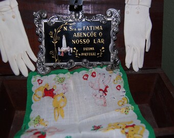 Vintage Set including Children's Gloves, Fatima picture, and hankie