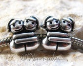 2PCs Everyone Needs A Hug Sometimes Beads - Large Hole Beads for European Style Charm Bracelet - Gift For Sisters, Mothers, Friends