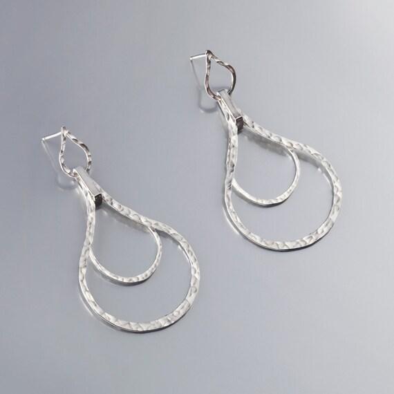 Silver teardrop earrings, sterling silver drop earrings, sterling silver hammered earrings, modern earrings