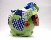 Pig Nick- Le Piggy that celebrates spring