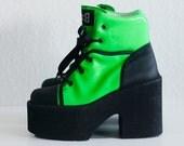 VTG 90s Neon grunge shoes / deadstock / rare laquered platform rave boots / club kid / techno / punk  / shoes - London style - eu 37/ us 6.5