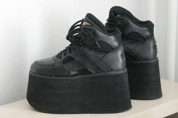 Buffalo High Tower Shoes