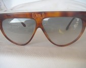 Auth VINTAGE one of a kind LAURA BIAGIOTTI over size 80' sunglasses t 49 brown