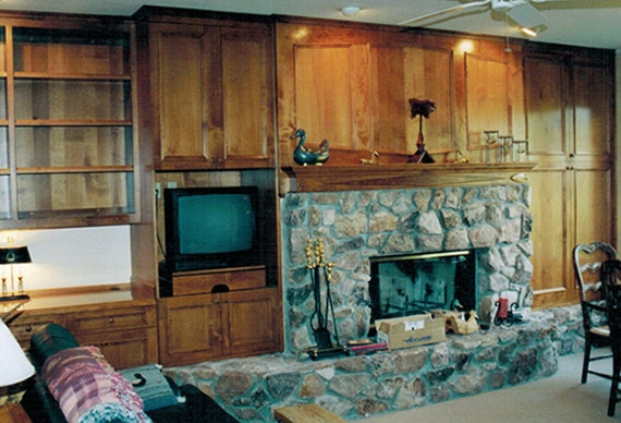 Fireplace Wall and Mantle