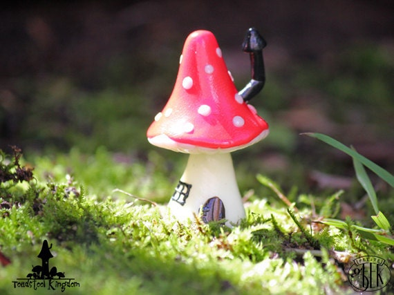 Fairy Mushroom House - Glow in the Dark Miniature Plant Stake for Planters or Terrariums