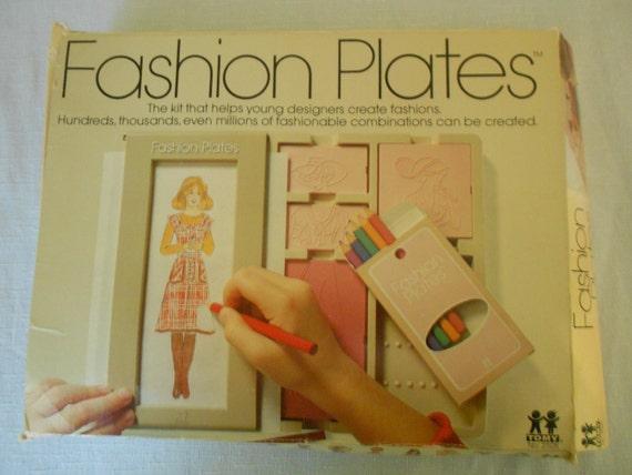 SALE - Tomy Fashion Plates