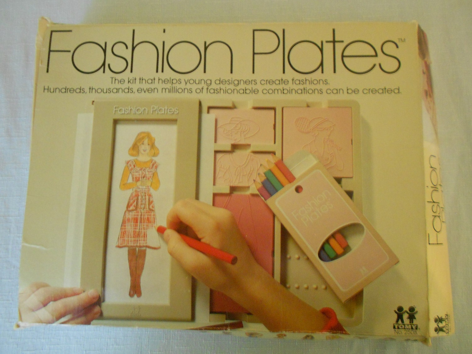 Toys From 1970s And 1980s Fashion Plates Toy 1970s Zoom