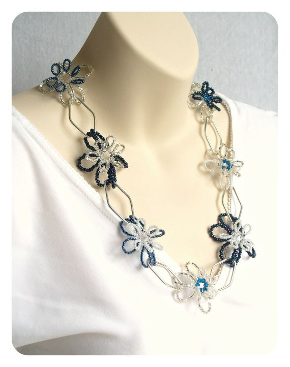 Beaded Ice Flower Necklace, Stretch Necklace with Large Silver Links, Silver White & Blue, Modern Flower Jewelry - Etsy UK Seller