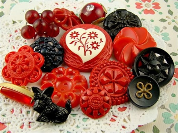 Vintage Retro Chic Red and Black Button Collection Destash 15 buttons