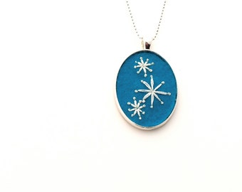 Mod Stars Hand Embroidered Pendant or Keychain in Turquoise