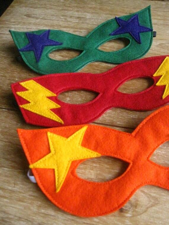 CHILD Green Felt Super Hero mask and cuff set Halloween costume