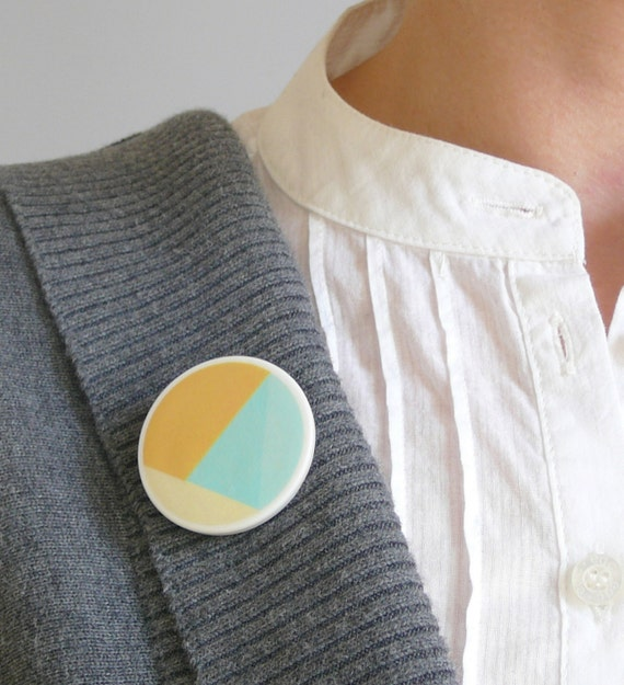 Mint yellow brooch minimal jewelry by AtelierGilet - Hopscotch n. 9