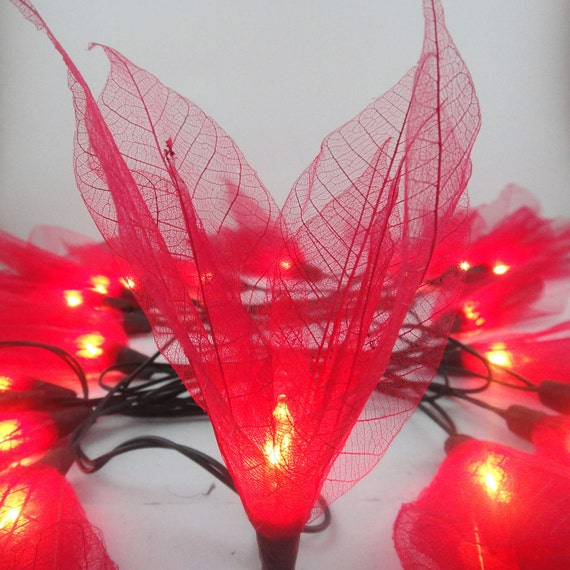 20 Red Bodhi Leave Flower Fairy Lights String 3.5M Home Accent Floral Decor