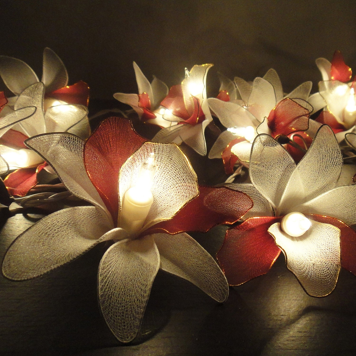 20 White-Burgundy Orchid Flower Fairy String Lights by marwincraft