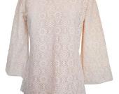 Vintage 60s / 70s cream lace / crochet hippie / boho /mod mini tunic, bell sleeves, slight flare, cutest lace XS S M