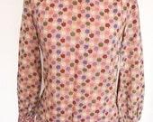 Vintage 60s / 70s novelty apple print lavender calico boho prairie blouse tunic S M
