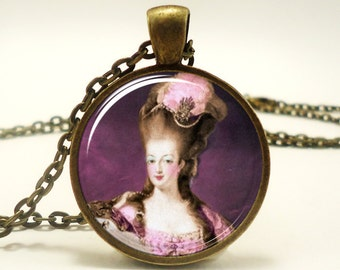 Marie Antoinette Necklace, Art Pendant Charm With Necklace Chain, Bronze (0346B1IN)
