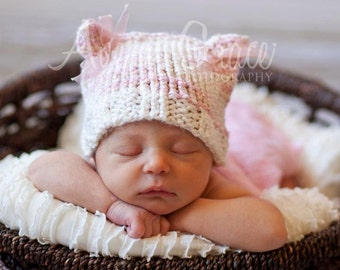 Knitted Newborn Kitten Beanie with Bows