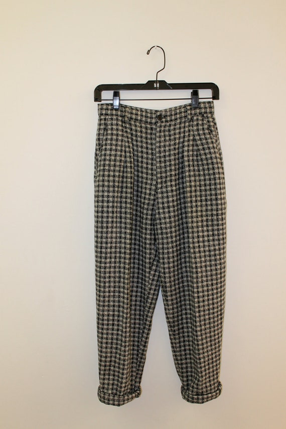 RESERVED Vintage Tapered High Waisted Black and White Pleated Plaid Pants 4 6