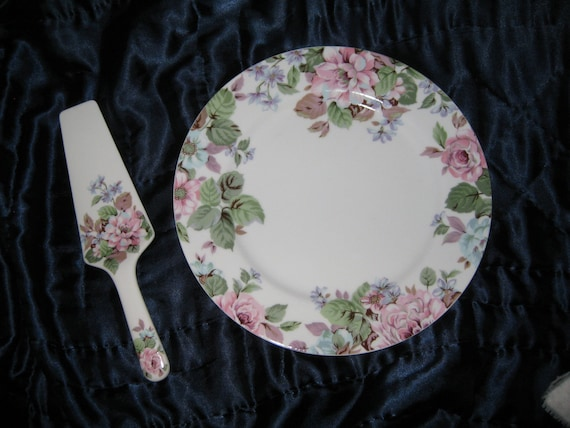 Andrea by Sadek Cake Plate with server MINT  IOB