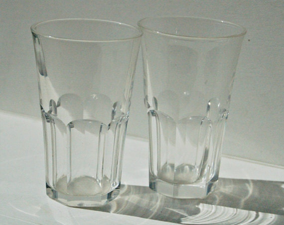 Pair Of Antique Victorian Small Drinking Liqueur By Nancyplage