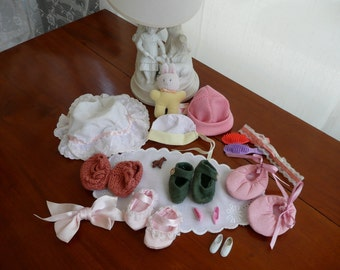 Dolls Shoes and Accessories - Collection of Shoes  - Vintage Dolls Accessories - Dolls Hats and Shoes - Brush - Plastic Dolls Shoes - Bows